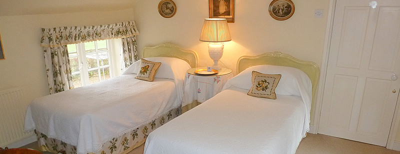 Double or Twin B&B room near Malmesbury