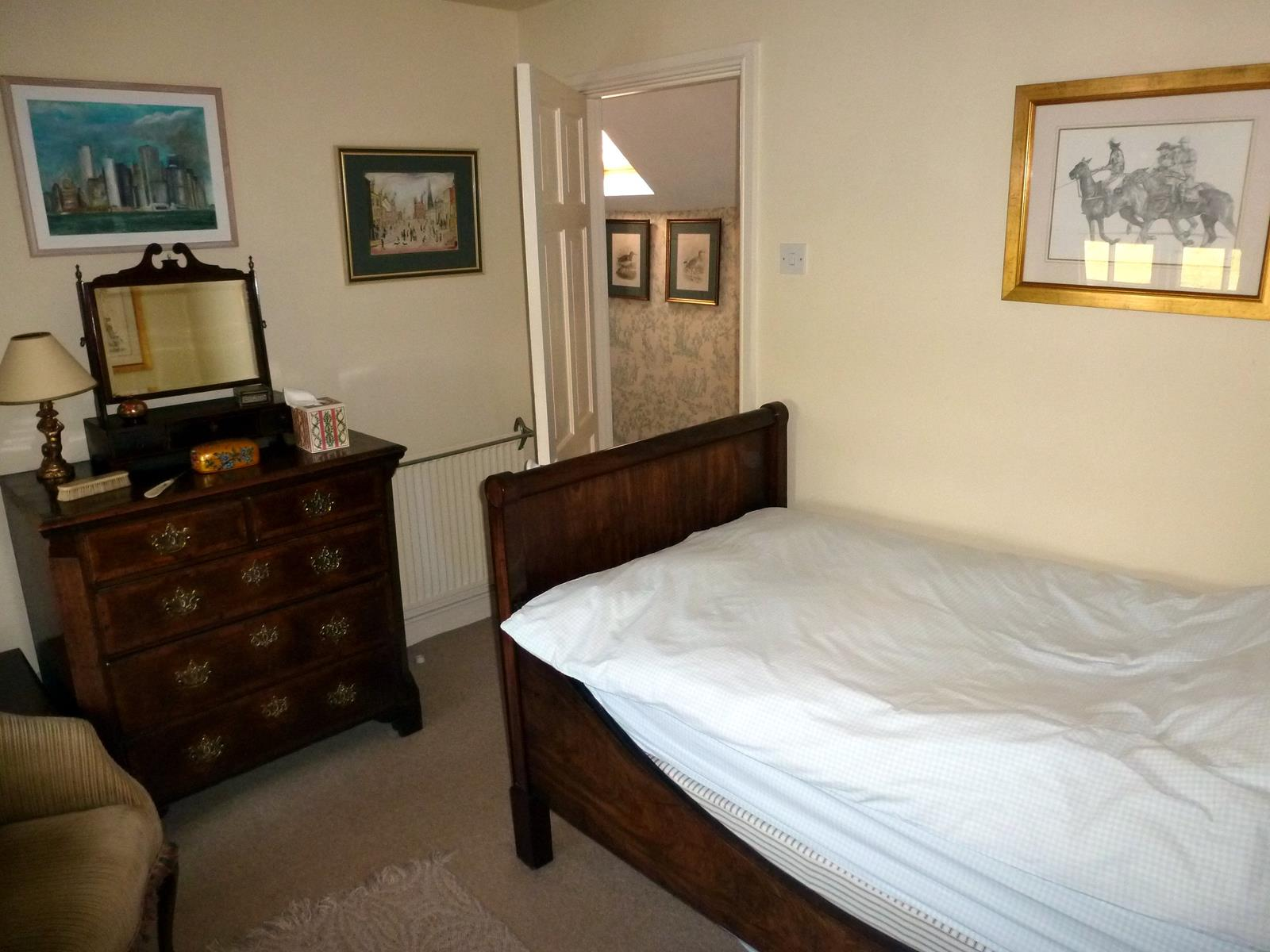 Single Bedroom Single Room Bed And Breakfast Accommodation Bullocks Horn Cottage